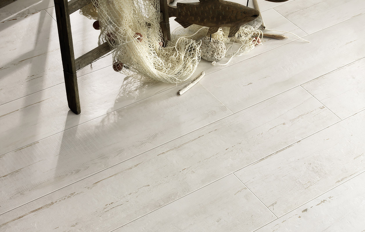 Pierwood White